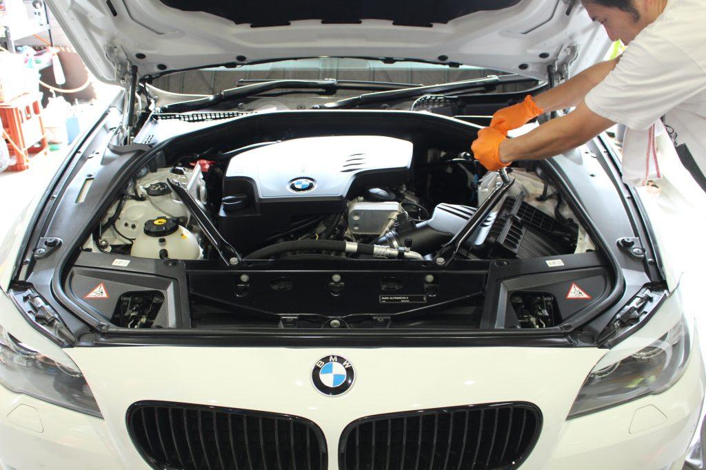 BMW F10 BMW修理 BMWカスタム エアクリーナー交換 AVARTH BMW岐阜