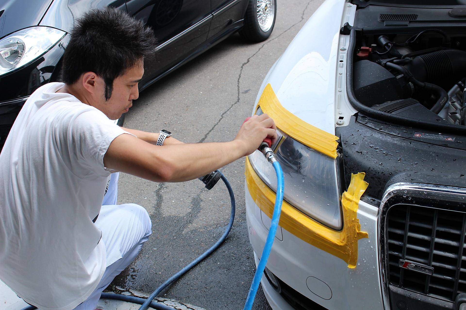 アウディ A6 ヘッドライト 磨き 下処理 黄ばみ除去 クラック処理 AVARTH 間嶋