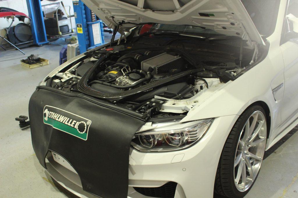 BMW M4 F82 AVARTHデモカー BMW岐阜 BMWカスタム BMW修理