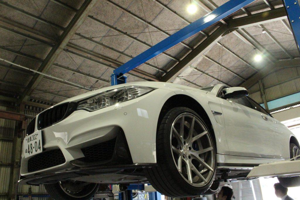 AVARTH アヴァルト BMW岐阜 BMW修理 BMWカスタム 岐阜 オイル交換 M4 DCTオイル交換