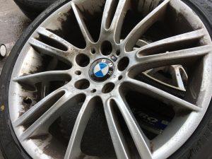 BMW ブレーキダスト アイアン 鉄粉取り 低ダストパッド BMW修理 AVARTH アヴァルト