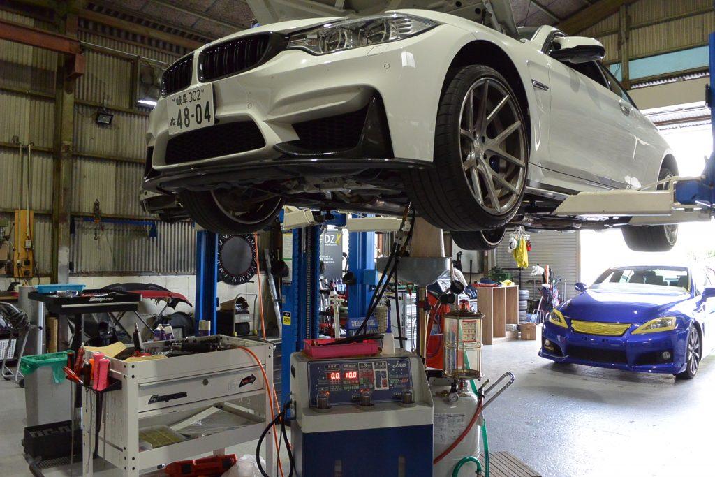 AVARTH BMW岐阜 M4 F82 DCTオイル交換 BMW修理 BMWカスタム リフトアップ トルコン太郎 レクサス ISF
