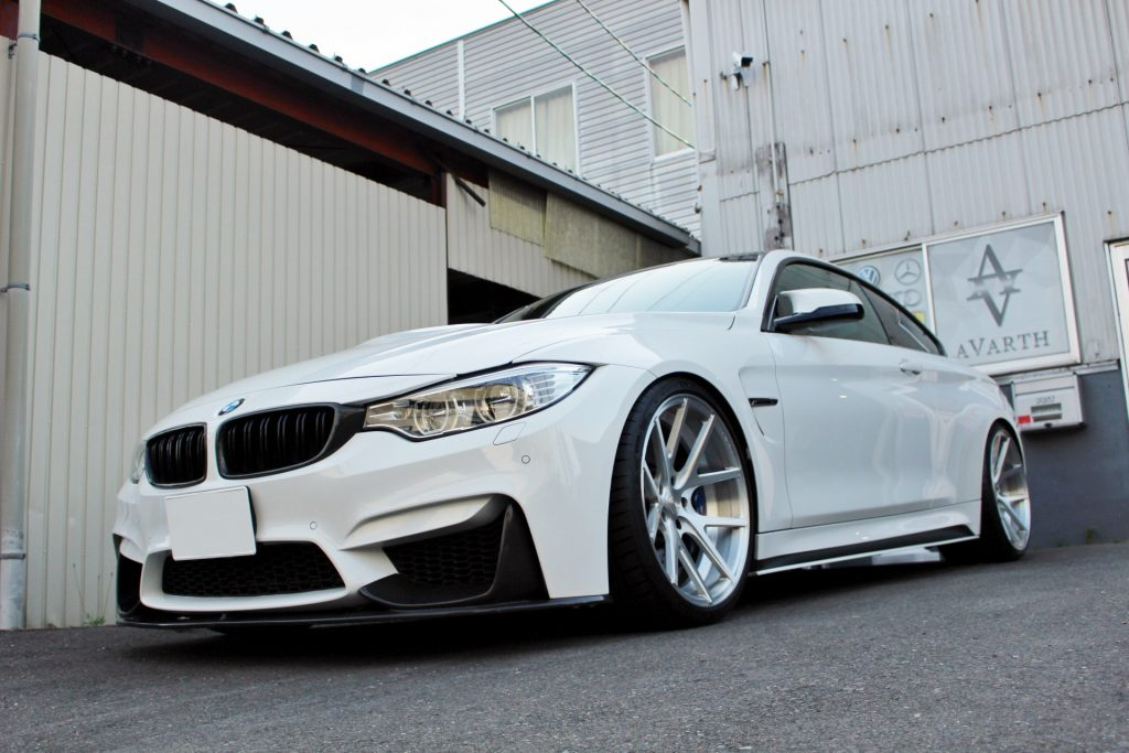 BMW M4 岐阜 BMW修理 タイヤ交換 AVARTH アヴァルト BMWカスタム